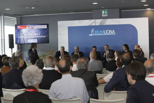 "Moores Rowland Partners writes for UCINA the fifth edition of ""Nautica&Fisco"""
